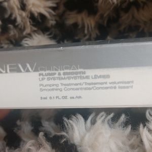 Avon Anew plump and smooth lip plumper